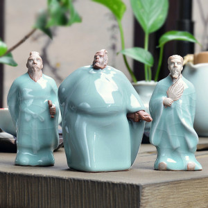 哥窑开片茶宠 历史人物很逼真 文化气息满满的