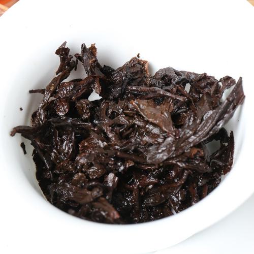 2012年 普洱茶 熟茶 勐海熟饼357g 传统勐海味